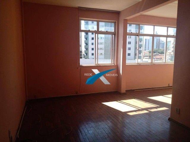 Excelente 3 quartos, transformado em 2 quartos com aproximadamente 90m2, Bairro Santa Efig - Foto 2