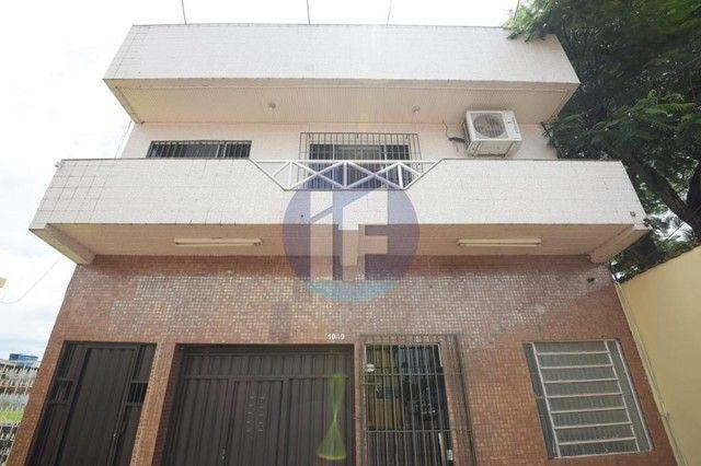 Prédio para aluguel, 4 vagas, Bosque - Rio Branco/AC
