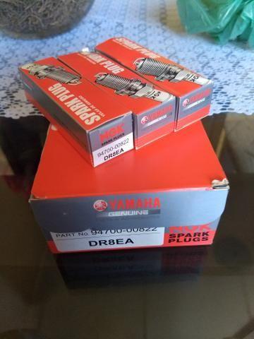 Vela DR8EA fazer 250 05/14 gasolina original