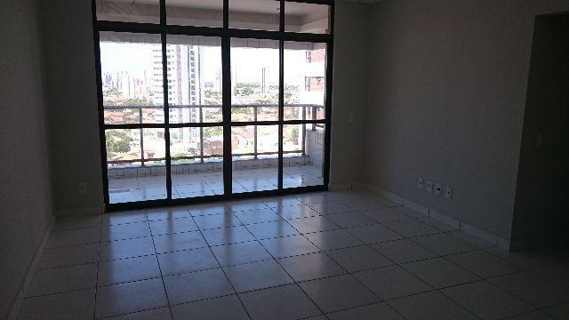 Excelente Apartamento em Capim Macio, Condomínio Saint Charbel, localização privilegiada - Foto 3