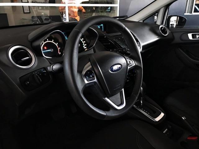 Ford Fiesta Titanium 1.6 . Prata. 2013/2014 - Foto 6