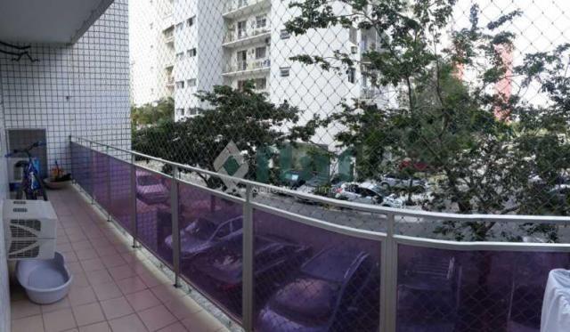 Apartamento à venda com 2 dormitórios em Barra da tijuca, Rio de janeiro cod:FLAP20002