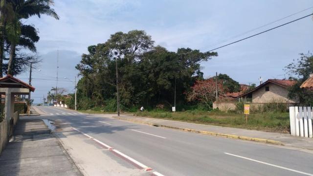 Terreno em Itapoá no asfalto, esquina, próximo a praia, comercial e residencial - Foto 9
