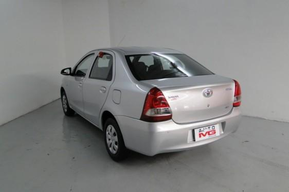 Etios Sedan X 1.5 Flex 16V 4P - Foto 4