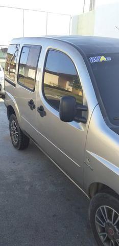 Troco uma doblo em carro com GNV - Foto 2