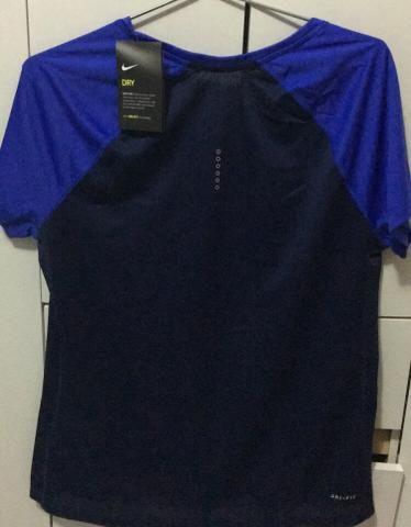 Camisa Feminina Nike Dri-fit Original - Roupas e calçados - Campo ... 781560ec78cfe