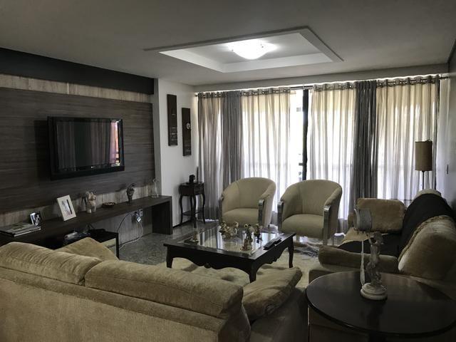Apartamento 211,5 m2 um por andar projetado - Permuto - Foto 5
