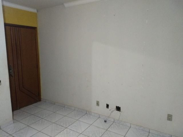 Alugo Apartamento Condomínio Jardim Aeroporto, Várzea Grande - Foto 2