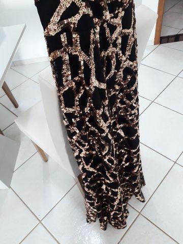 Vestido de formatura com transparência e bordado paetê - Foto 4