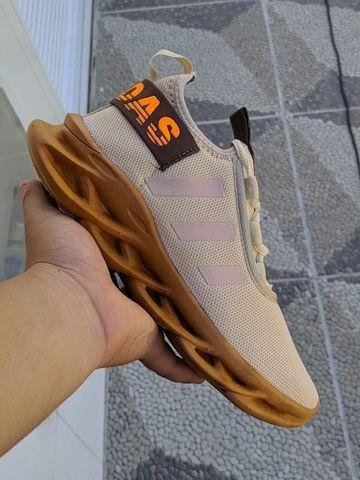 Tênis Adidas Yeeze Novo Vários Modelos