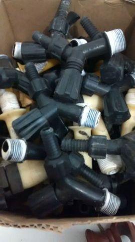 Torneira pequena de plástico 1,00 - Foto 2