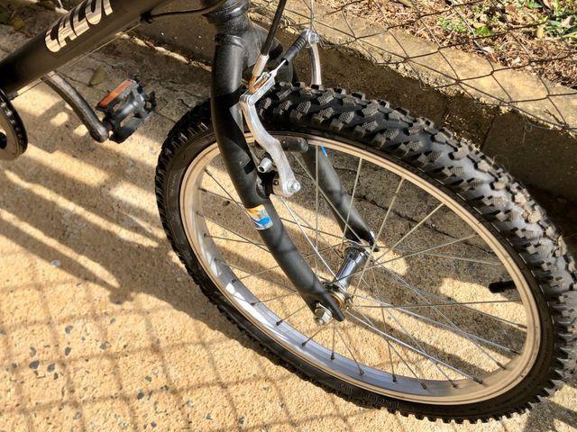 Bicicleta Caloi hotwheels - Foto 4
