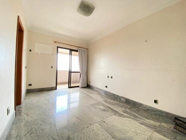 Ed. Atlantis - 250 m² - 3 suítes + gabinete - Foto 17