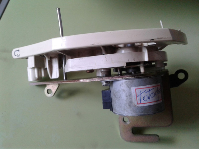 Motor tensor de linha usado para máquina de bordar BROTHER - Foto 3