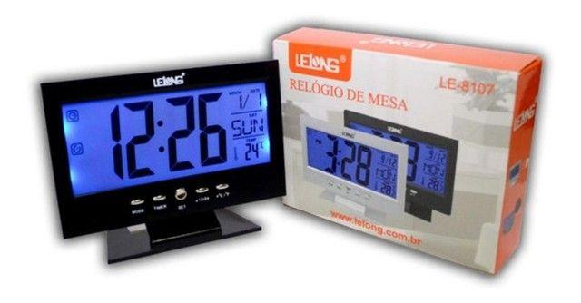 Relógio De Mesa Digital Despertador Temperatura Preto - Foto 2