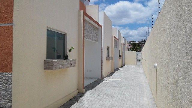 Casa em condomínio, no bairro da Palmeira. - Foto 2