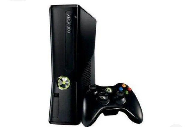 Xbox 360 + 2 controles + Kinect + vários jogos