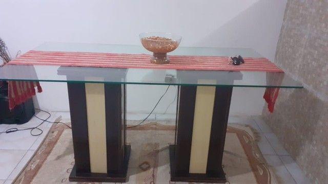 Mesa com tampa de vidro em perfeito estado, preço baixo - Foto 2