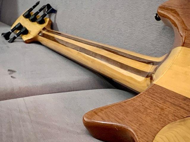 Baixo Fodera Emperor 5 de Luthier. Fantástico, lindo. Recebo o seu usado como parte - Foto 6