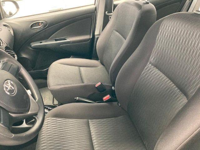 Toyota -Etios Sedan 1.5 X Flex-Automatico- 2018 - Foto 2