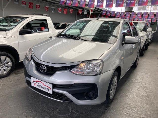 Toyota -Etios Sedan 1.5 X Flex-Automatico- 2018 - Foto 3