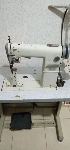 Maquina de pesponto de uma agulha  com guia e luz de led   - Foto 3