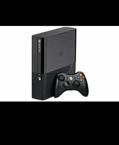Vendo Xbox 360 zerado valor 350 reias
