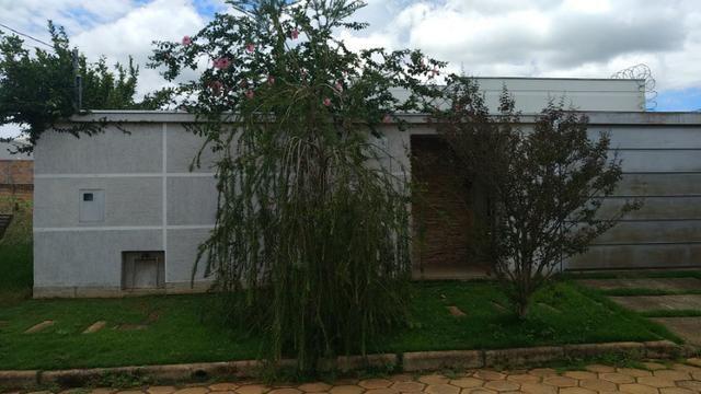 Casa em Araxá-Bairro Nobre - Alto Padrão - Foto 2