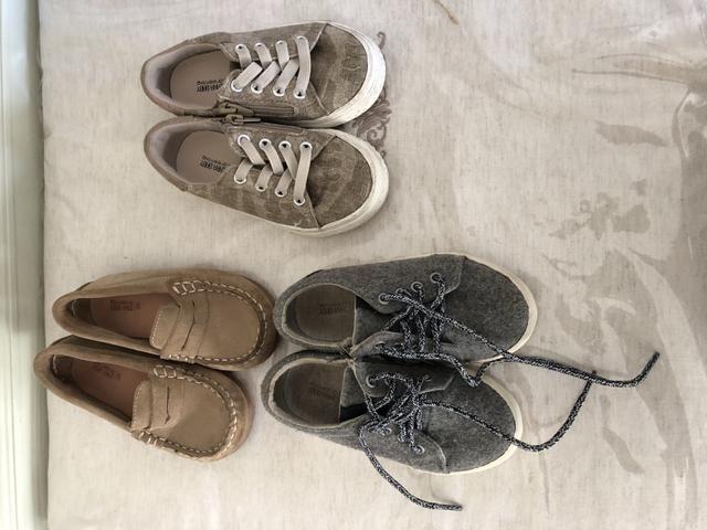 cd960ef27 Vendo sapatos ZARA - TAM. 22 - Usados