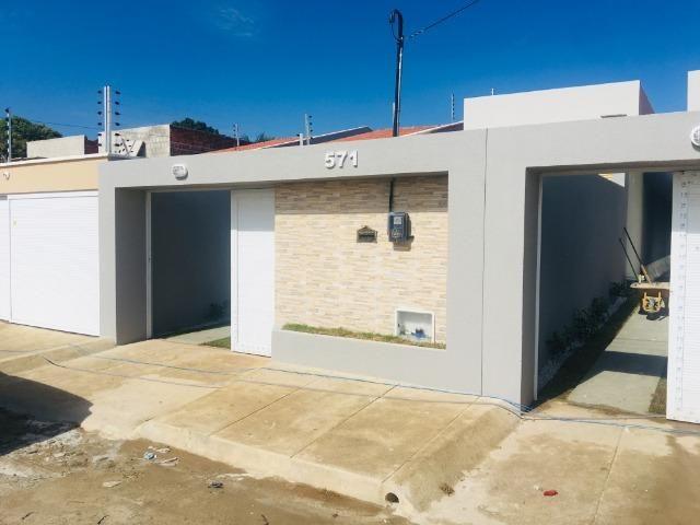 Linda casa com documentação grátis 2 quartos e 2 suites,entrada em 12x , * - Foto 18