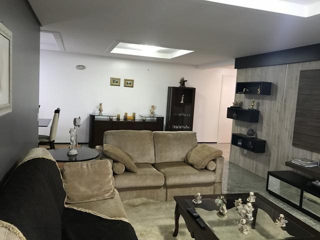 Apartamento 211,5 m2 um por andar projetado - Permuto - Foto 6