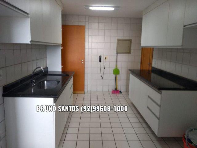 Maison Noblesse, 162m², Quatro dormitórios. Próx ao Adrianópolis. Av Darcy Vargas. - Foto 4