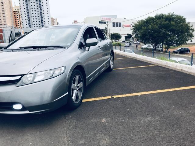 Honda Civic LXS 1.8 - 08/08 - Foto 2