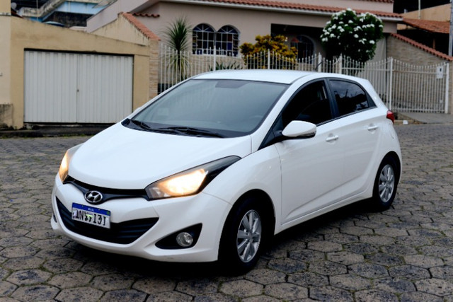 Hyundai HB-20 - 1.6 Premium Completo + Rodas Liga e Air-Bag HB20 - Foto 3