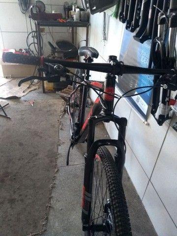 Bicicleta aro 29 de alumínio com rolamento Nova - Foto 2