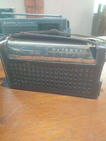 Lote de radios e gravador antigo, 4 peças  - Foto 5