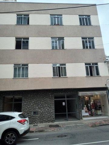 Apartamento três quartos