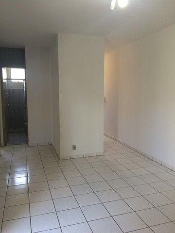 Vende-se Apartamento 2Q Térreo Cond. Morada dos sonhos ll St. Negrão de Lima - Foto 3
