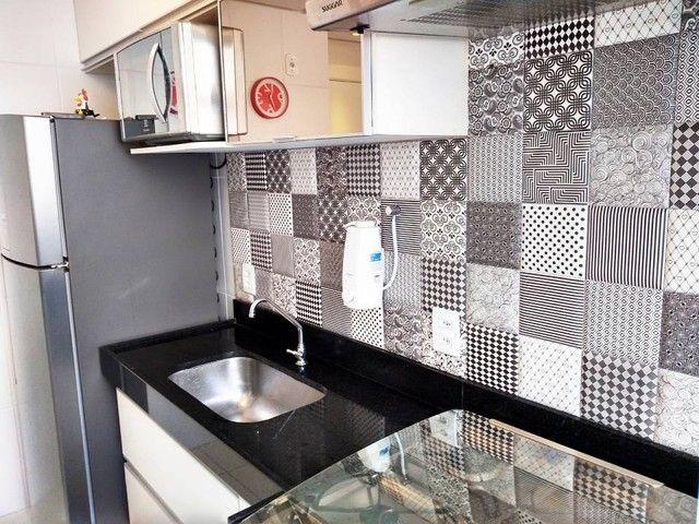 OPORTUNIDADE - Lindo apartamento 2 quartos com suíte - Armários planejados em Abrantes, Ca - Foto 9