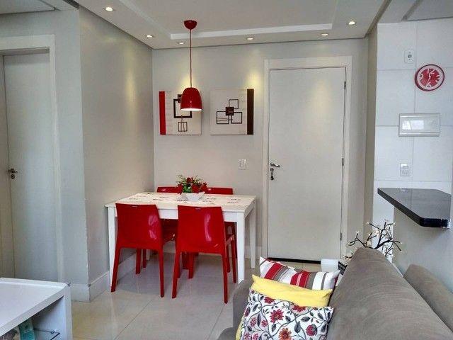 OPORTUNIDADE - Lindo apartamento 2 quartos com suíte - Armários planejados em Abrantes, Ca - Foto 5