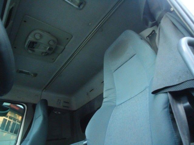 Volvo FH 460cv 2015 6x2 Completo com ar condicionado,Unico dono - Foto 8