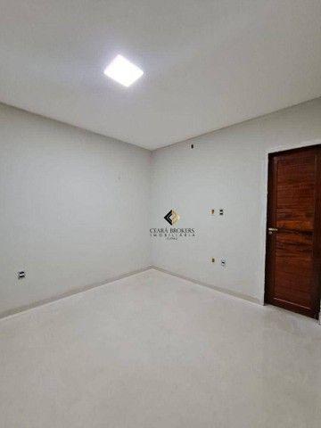 Uma excelente casa plana na Maraponga com 3 quartos sendo 1 suíte, garagem para 02 carros  - Foto 3