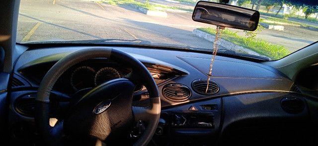 Ford Focus Sedan Prata Impecável - Foto 14