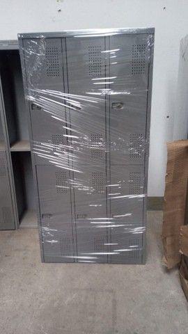 Roupeiro de aço de 6 portas cinza