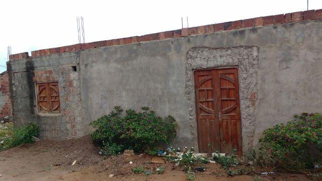 Duas casa geminadas