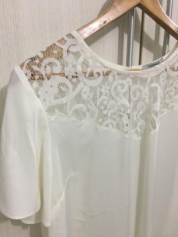 Blusa Crepe Detalhe Renda G