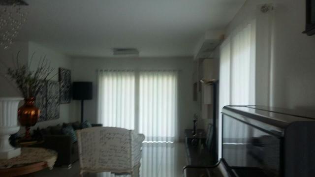 Casa residencial cond fazenda real com 4 suites com closet