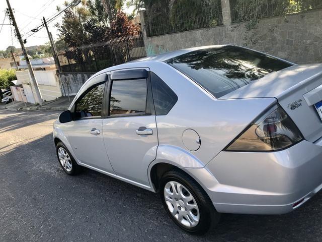 Fiesta Sedan 1.6 - 2014 _ 2 MIL de entrada _ Completo _ 62 km - Foto 4