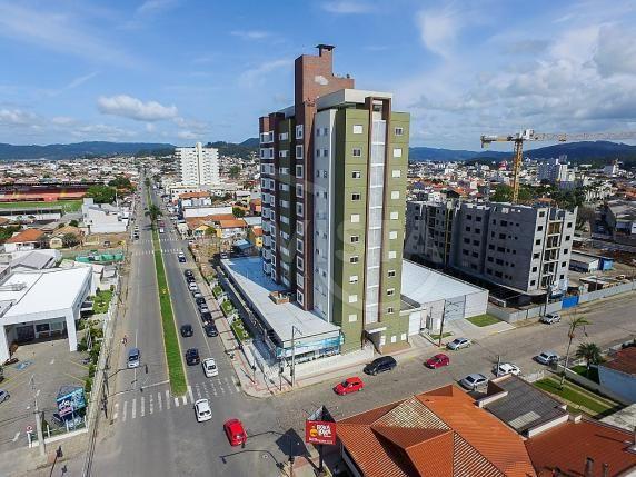 Apartamento para alugar com 3 dormitórios em Centro, Tubarão cod:531