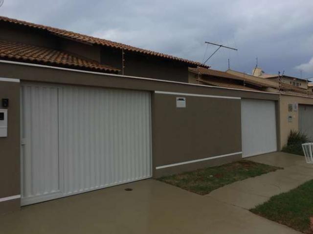 604 norte 2/4 casa geminada dinâmica e grande.